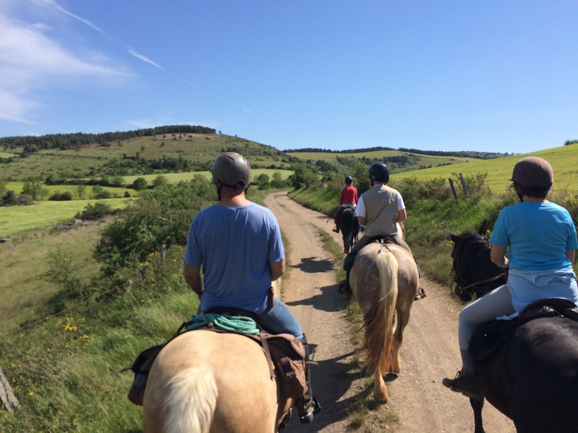 randonnée équestre Aveyron